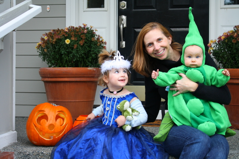 I can easily remember each costume she has worn. There was the blue cow a hooded sleeper borrowed from a neighbor ...  sc 1 st  Green Halloween & Green Halloween » Macaroni Kid Snoqualamie Valley-Issaquah