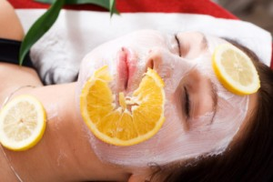 """Facial Mask with Lemon Slices."""