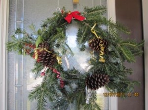 """Organic Christmas Wreath."""